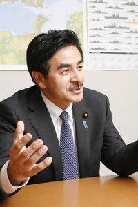 ヒゲの元隊長 佐藤参議院議員が語る防人たちの軌跡