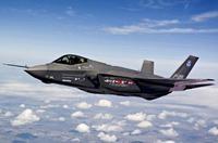 米国予算、F35取得を先送り(・・;)大半を先送り