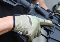 PIG(FDT) DELTA Gloves マルチカム!