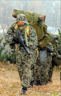 韓国軍特殊部隊(特戦司令部)の新型戦闘服