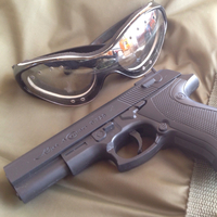 凶器・P729