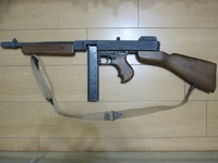 トンプソン短機関銃(Thompson Submachine Gun, Caliber .45, M1928A1)