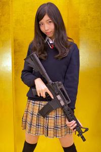 女子高生がんばる。