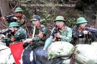 現用ベトナム人民軍軍装分隊撮影②