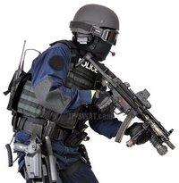 SWAT御用達のフラッシュライトM910