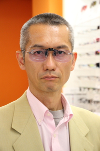 射撃の最重要アイテム=「眼」をレース仕様に!<高機能眼鏡レンズ/ネオコントラスト>