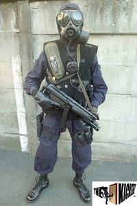 SAS装備 CRW CTギア、通称''Black-Kit'' フル装備で撮影しました。Enjoy ;)