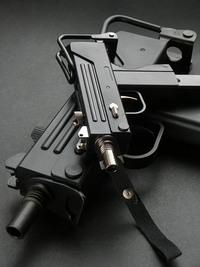 Blackcat Mini Model Gun MAC10 グリップスクリュー交換