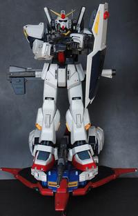 ガンプラ パーフェクトグレード・Zガンダム with PGガンダムMK-Ⅱ