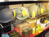 アメリカ軍 古めのヘルメット入荷