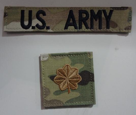 まがい物は嫌いです米陸軍の階級かな。