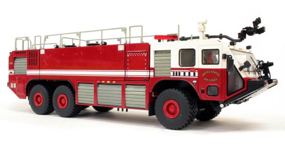 アメリカ空軍消防部隊のアメリカ消防車