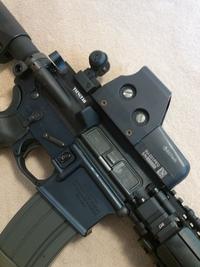 M4様のリアサイト