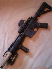 「M952V」サウスポーに優しく。