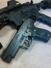 『SIG P226』 こんなトコにも拘りが…。