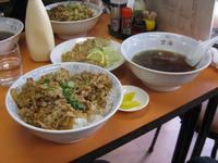 焼肉丼&揚げギョーザ【空海】(´Д`)