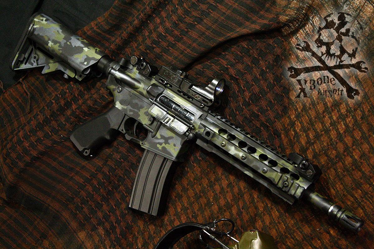 AY M4 マルチカムブラック