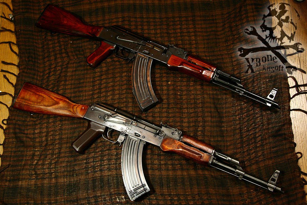 実銃 比較 AK