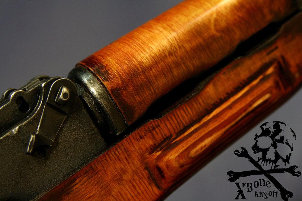 E&L製 AKM 木製ハンドガード